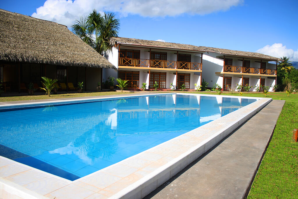 Hoteles tierra verde tours especialistas en turismo en for Piscina sauces 6